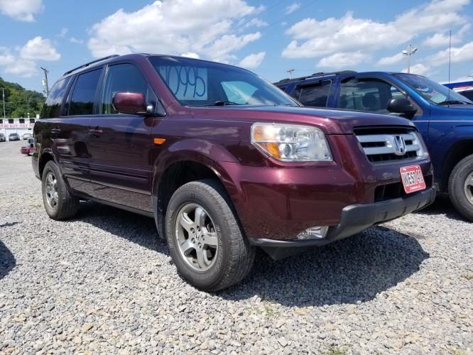 2008 MAROON Honda Pilot EX-L 4WD AT (5FNYF18558B) with an 3.5L V6 SOHC 24V engine, Automatic transmission, located at 250 Glenn Highway, Cambridge, OH, 43725, (740) 439-5504, 39.994991, -81.716339 - Photo #0